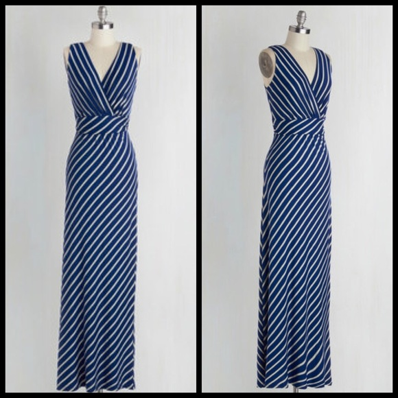 bb46ea9bd2 ️Modcloth Adore County Dress in Navy Stripes. M 563032933c6f9f1b0b002f19