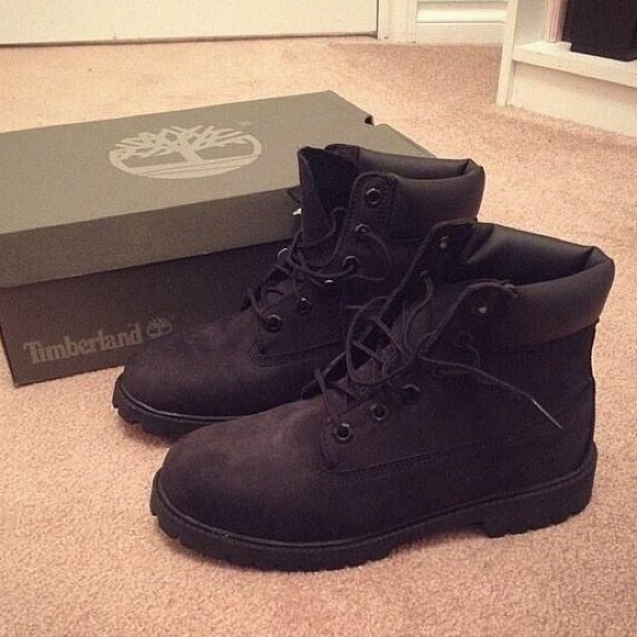 Black timbs. M 56303467522b45113500319b d9716cd26