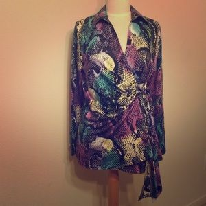 Tops - NWOT Snakeskin multi-color top