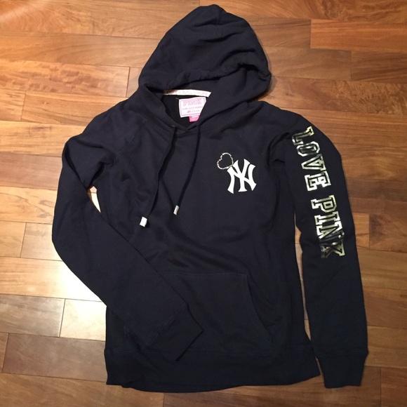 detailed look 4b80b e31fc Rare VS Pink New York Yankees Hoodie 🆕NWOT🆕