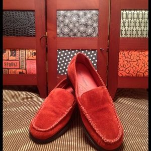 Red Suede Hush Puppies NWOT