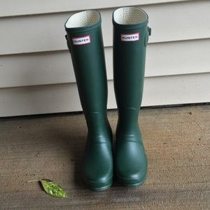 Hunter Boots Shoes - Green Hunter Boots! 💚🍃