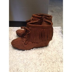Shoes - Moccasin booties