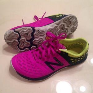 new balance minimus pink