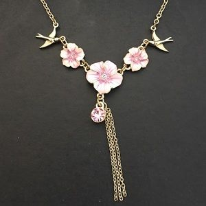 Clearance - bundle and save!Cute necklace 