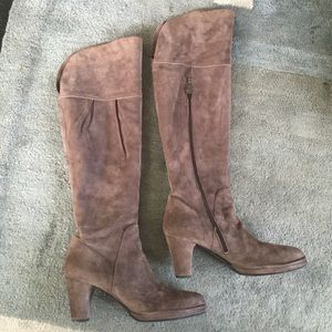 Alberto Fermani Shoes - 🎉6xHP🎉 Gorgeous Sexy suede tall OTK boots!
