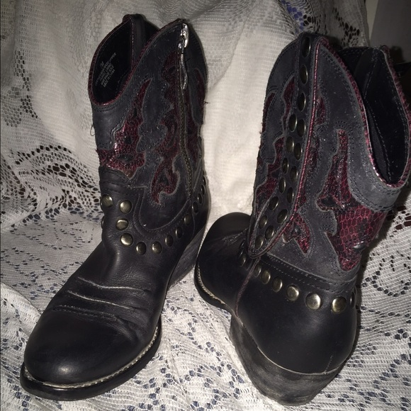 77 reba shoes black reba boots from jackqueline s