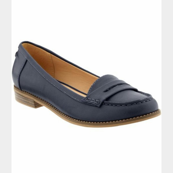 72b540e69c5 Old navy womens penny loafers. M 563181fdbf6df5385e0010f0