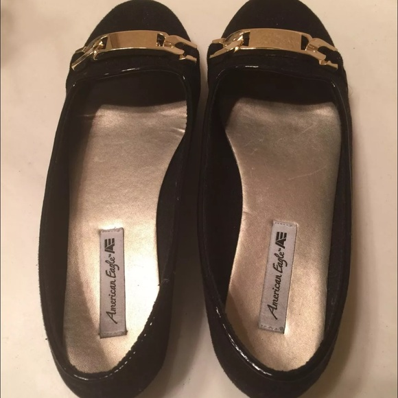 84d27f2ced8 American Eagle by Payless Shoes - Black American Eagle shoes with gold  buckle size 5