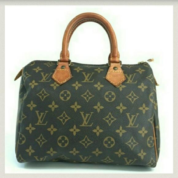 Louis Vuitton Handbags - Authentic Louis Vuitton Speedy 25 Monogram Vintage ae2a67cffea81