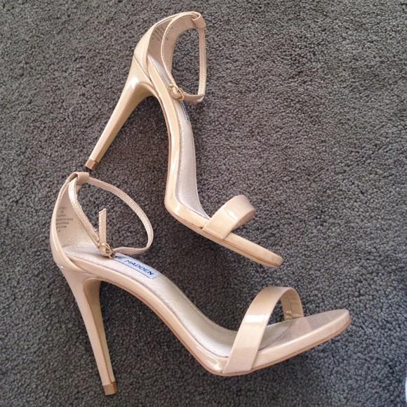 480e2fa57d9 STEVE MADDEN Stecy Blush Nude Patent Sandals Heels NWT