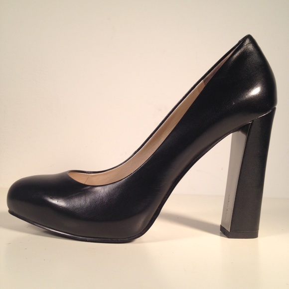 47f7a2a373f Nine West Desired Black Thick Heel Pumps