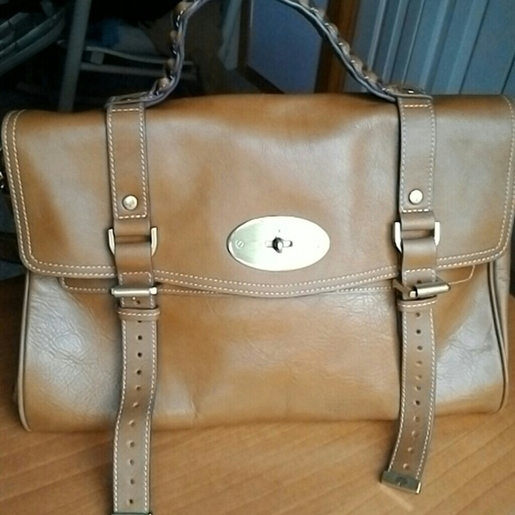 cda75f2bd00 Mulberry Alexa oversized style bag. M 56326899b5643e8f8e005d47