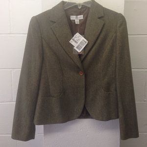 Jackets & Blazers - Petite sophisticate blazer . Size 10