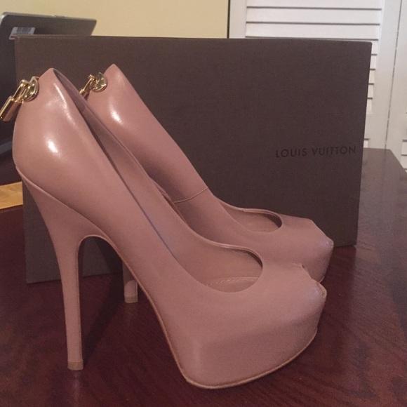fe03f8b6c6a1 Louis Vuitton Shoes - 💯% Authentic Louis Vuitton Peep Toe Pumps