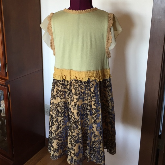 Anthropologie Tops - Anthropologie Mustard & Blue Floral Flowy Top