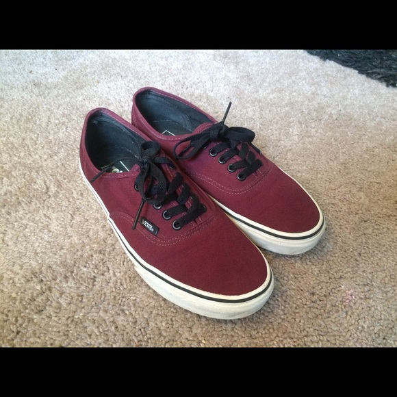 NEW Authentic Maroon Vans (SIZE W  9    M  7.5) 31327d447