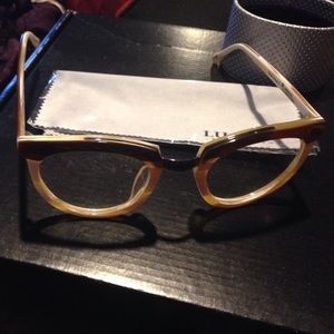 05a38640a99 Lucky Selectism NY Accessories - New! Over-sized LE Frames OAAK
