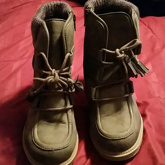 75 mudd shoes brown boots from fay s closet on poshmark
