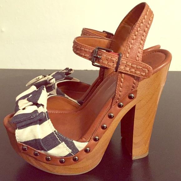 a0aaf167cb0d Jessica Simpson Shoes - 💋Jessica Simpson Terrii wooden platform heel