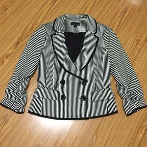 Forever 21 Jackets & Blazers - Black & white stripes blazer