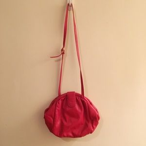 VINTAGE RED CROSSBODY BAG