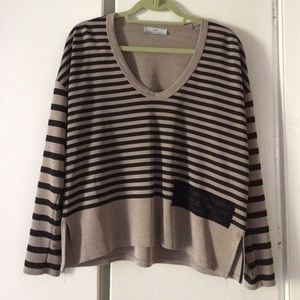 Zara v-neck striped top