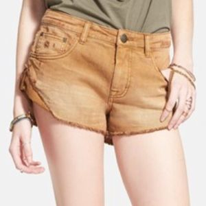 ⭐️SALE⭐️NWT Free People brown shorts