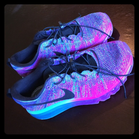 $120 TODAY ONLY (w/ 99¢ ship) Nike Air Max Flyknit