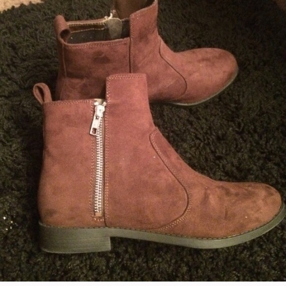 841f82c7b8b Brown suede Chelsea ankle boot RELISTED