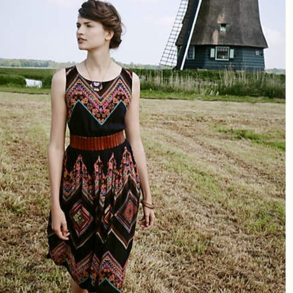 c5de69b304a8 Anthropologie Dresses & Skirts - 🎉HP🎉 Patchwork Chevron Midi Dress    Tanvi Kedia