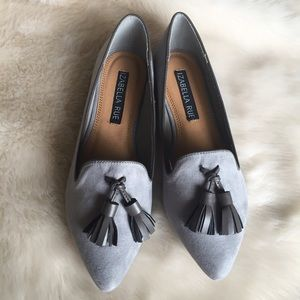 Izabella Rue Shoes - Gray Suede Pointed Toe Tassel Loafers