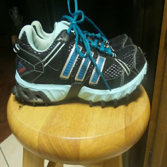 Le Adidas Donne Thrasher Correndo Poshmark 8 Poshmark Correndo 61112c