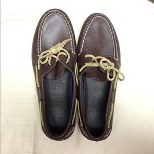 NWOT Men's Leather Sperry Top Sider