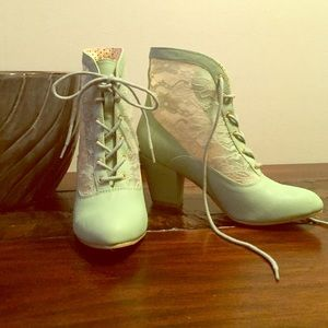 Mint Green Booties!