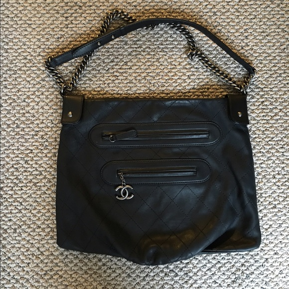afd1f6a82857 Authentic CHANEL black messenger bag boy chain