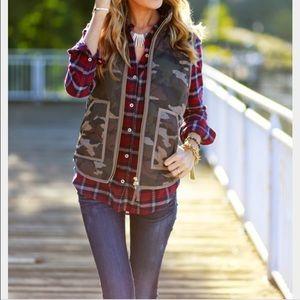 Jcrew camo vest 🅿️🅿️ $115