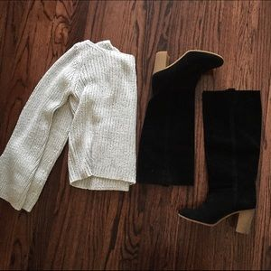 Sweaters - Knit metallic silver sweater