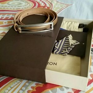 Gold Louis Vuitton belt