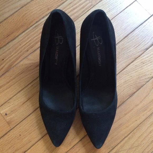 b. makowsky Shoes - suede heels 👠