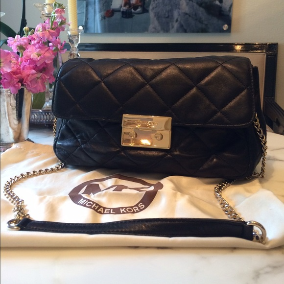 f2f1912683ff Michael Kors Sloan quilted leather shoulder bag. M 563660acc7dcbf762301bf87