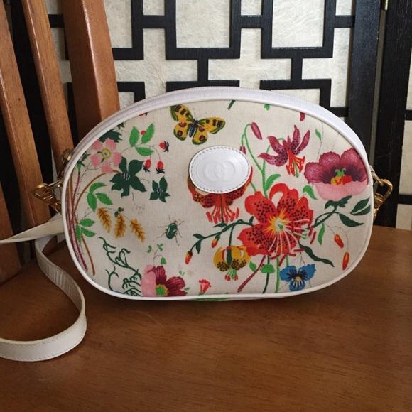 Gucci Flora Vintage crossbody HOST PICK! & Gucci Bags | Flora Vintage Crossbody Host Pick | Poshmark