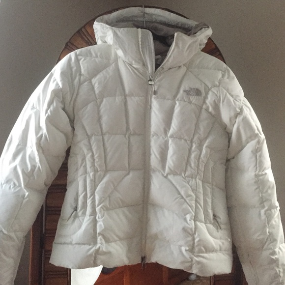 New North Face white down jacket ( 600 ). M 56367f657eb29ff8c301d083 222e4b124