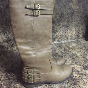 Brown/grey tall boots size 6.5/7