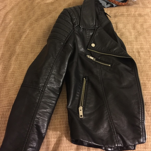 rock-bottom price wholesale price best authentic H&M black leather jacket
