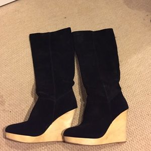 Black suede boots with bamboo wedges