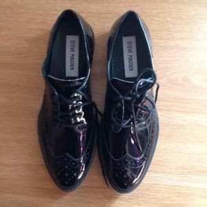 NWOT Steve Madden Oxfords