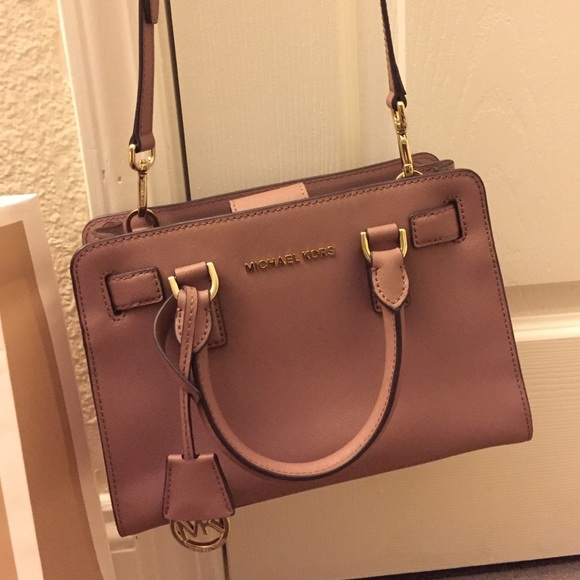 ce82bea57737 michael kors dillon small satchel dusty rose small jet set saffiano travel  tote bag
