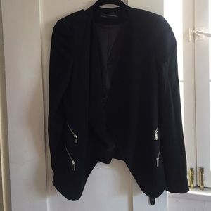 Lovely Zara Blazer with zip detail!