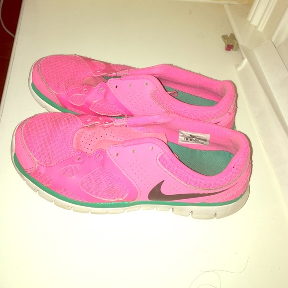 80 nike shoes nike neon pink tennis shoes from